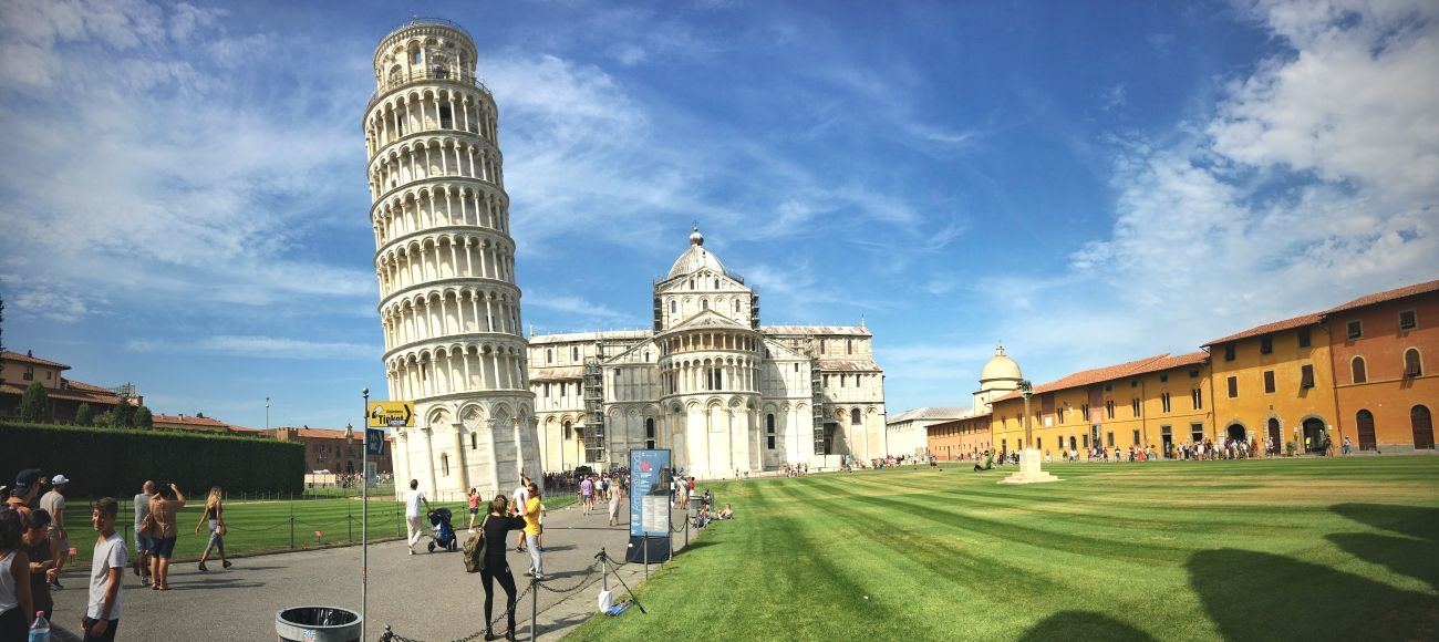 Italian Florence: Private Driving Tour Of Pisa And Lucca From Florence Or