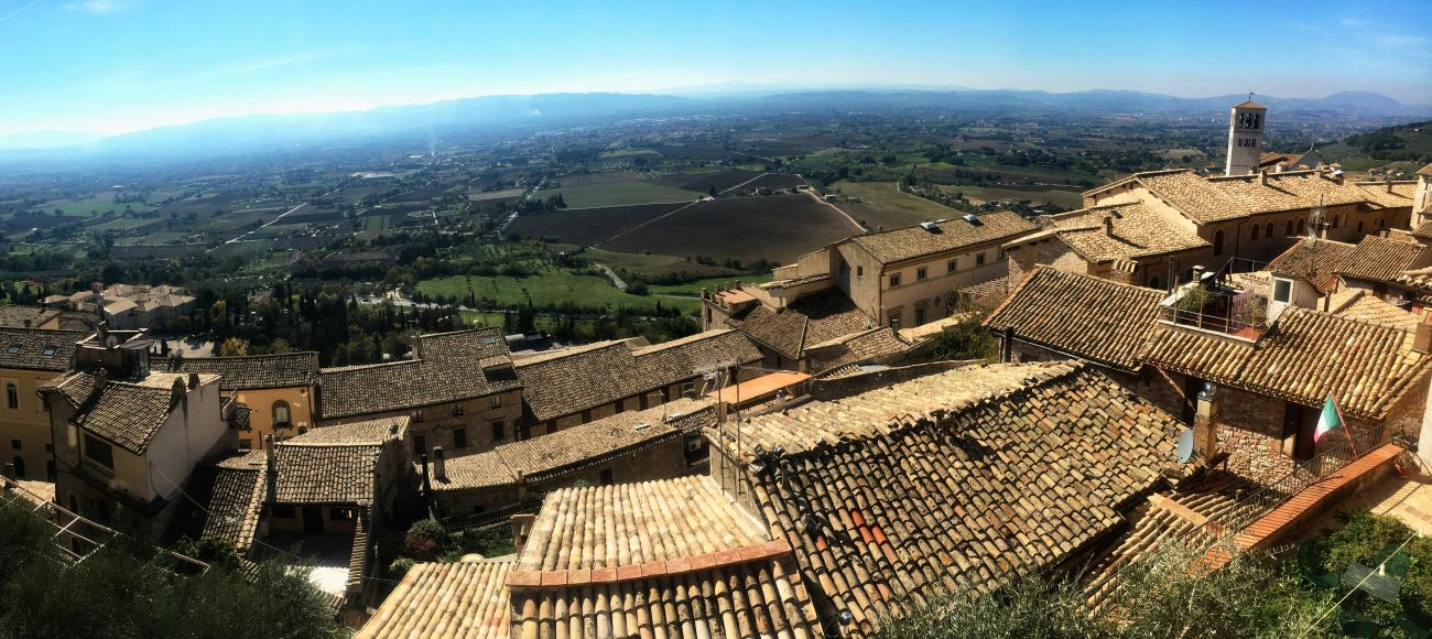 View of Assisi, Assisi and Deruta Private Tour, Assisi Tour, Assisi Tour from Florence, Assisi Tour from Tuscany, Umbria Tour, Deruta Pottery Tour, Pottery of Deruta in Umbria